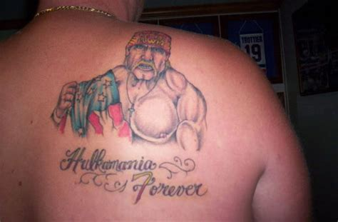 hulk hogan tattoo on right back shoulder