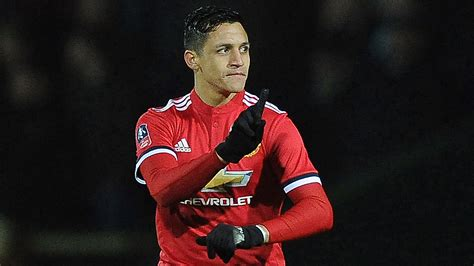 alexis sanchez latest news alexis sanchez shirt sales smash man utd records paemuka