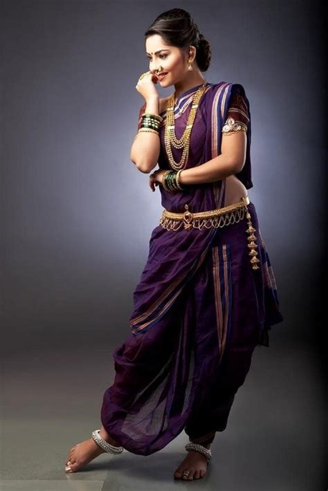 Traditional Saree Draping Styles Marathi Mulgi The Desi Ghaghra Pinterest Saree