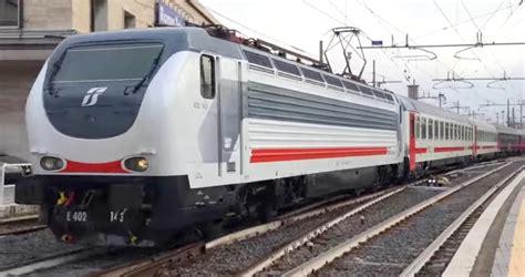 carrozza intercity livree fs e trenitalia la nuova livrea intercity sun e