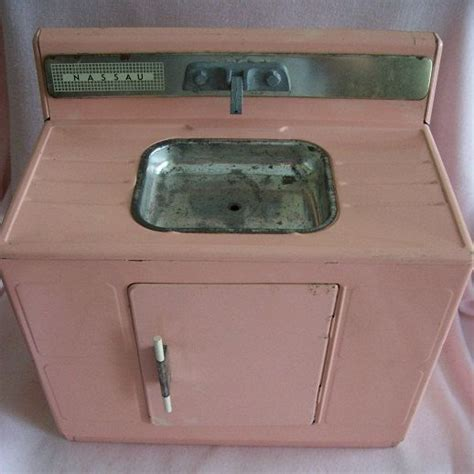 spark kitchen sink toy 1960 s pink kitchen sink toy i had one similar to this