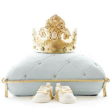 Baby Pillow Crown de la creme studio royal baby shower exquisite details