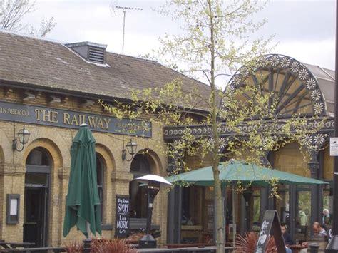 Kew Gardens Station by Kew Gardens Station