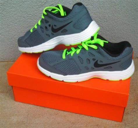 boys nike shoes the neon green nike
