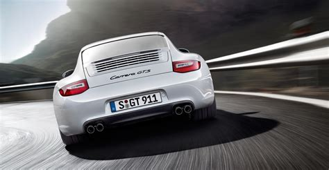 porsche 911 carrera gts white 2011 white porsche 911 carrera gts wallpapers