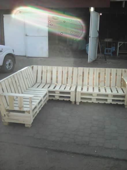 Diy Pallet Couches Outdoor Pallet Furniture 1001 Pallets Pallet Sectional Sofa