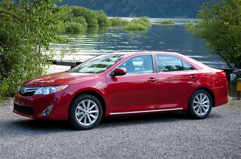 red toyota 2014 toyota camry red front three quarters photo 5