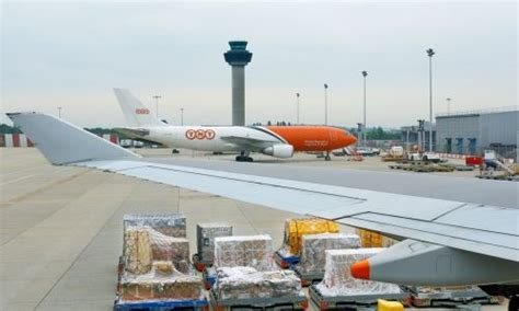 17 best images about cargo airlines tnt airways on steve perry michael and
