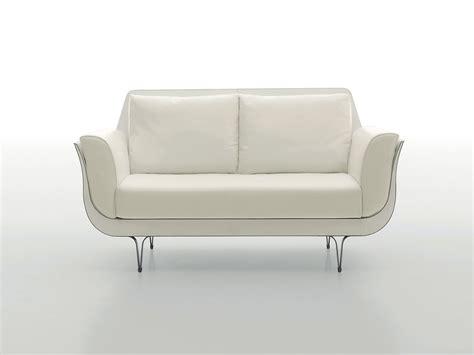 divano a 2 posti divano imbottito a 2 posti collezione brera by i 4 mariani