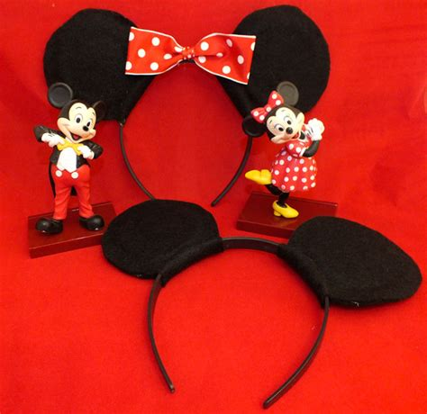 How To Make Mickey Mouse Ears With Construction Paper - diy mickey minnie mouse ears two