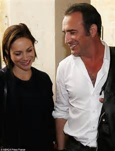 jean dujardin young s partner nathalie p 233 chalat ispregnant with couple s