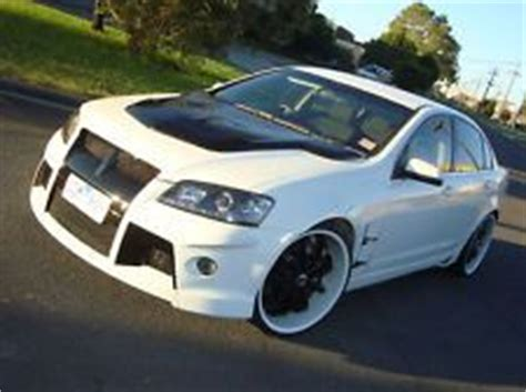 holden ve bonnet scoop commodore on matte satin php and cars