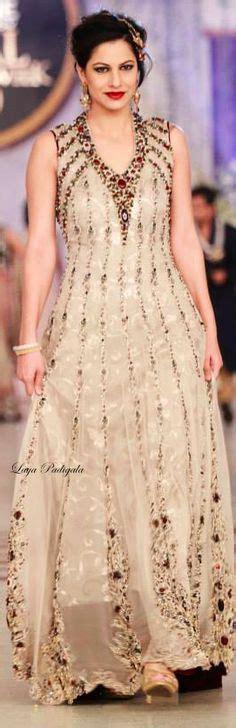 Dress Sabtina Kotak gorgeous sanam baloch pearls and