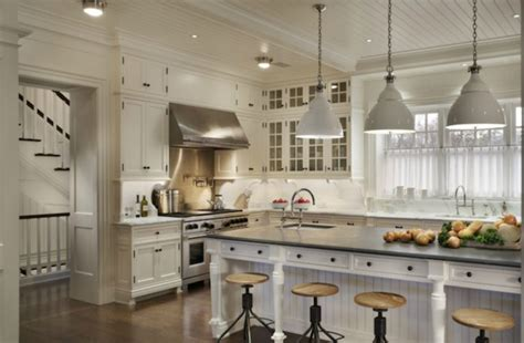 20 beautiful exles of farmhouse kitchen design