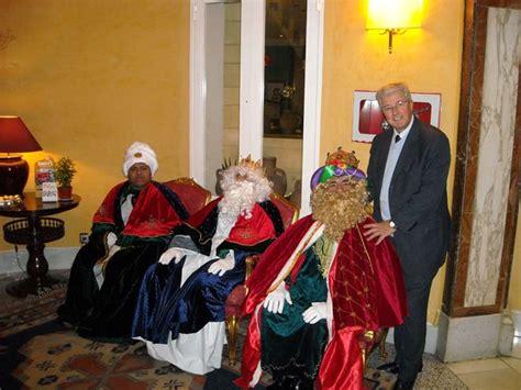 imagenes reyes magos y papa noel papa noel y reyes magos