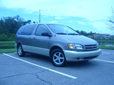 toyota sienna europe 1999 toyota sienna pictures information and specs