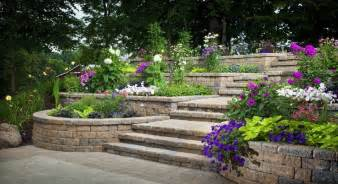Tiered Backyard Landscaping Ideas Triyae Tiered Backyard Landscaping Ideas Various Design Inspiration For Backyard