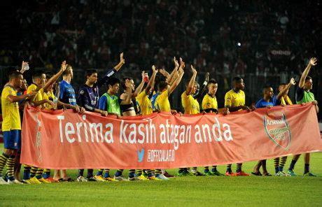 arsenal ke indonesia arsenal isyaratkan bakal ke indonesia lagi selamat