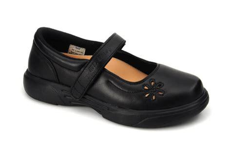extreme comfort shoes the apis mt emey extreme light mary jane 9205 shoe