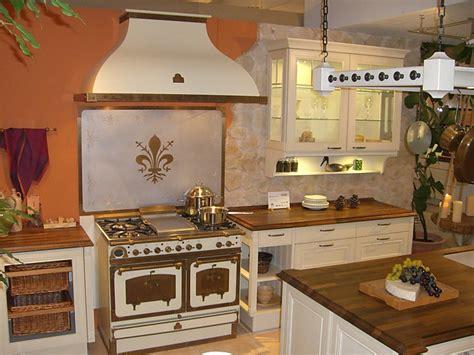 englische landhausküche nauhuri landhausk 252 che g 252 nstig neuesten design