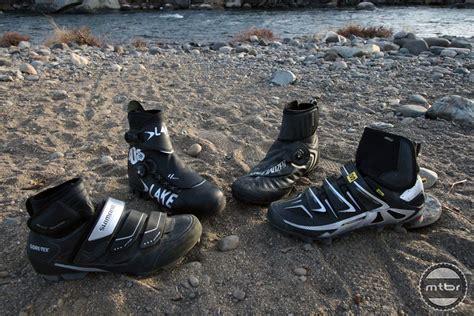 winter mountain biking shoes up four polar vortex fighting mountain bike shoes