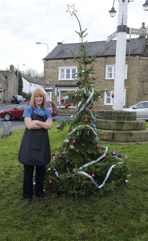 council faces backlash over worst christmas tree in