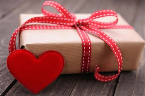 gift ideas valentines day 60 inexpensive s day gift ideas