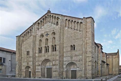 chiesa di san michele a pavia pavia itinerario in centro citt 224 vita in cer