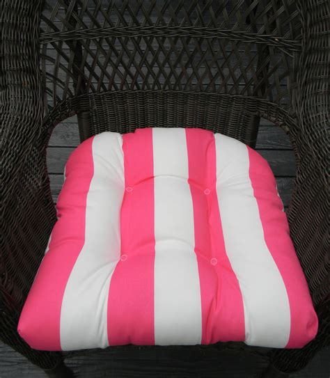 Seat Cushions For Indoor Wicker Chairs   home decor