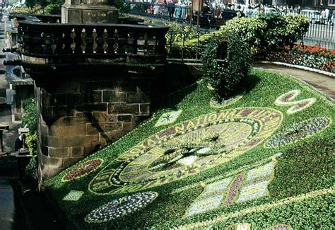 living on a boat edinburgh floral clock in princes street gardens 1963