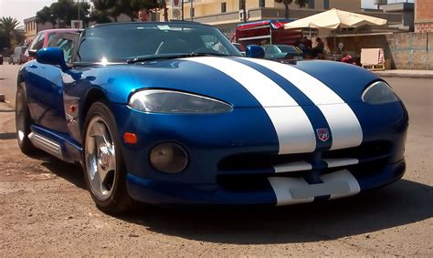 how it works cars 2003 dodge viper security system file dodge viper 2003 04 19 jpg wikimedia commons