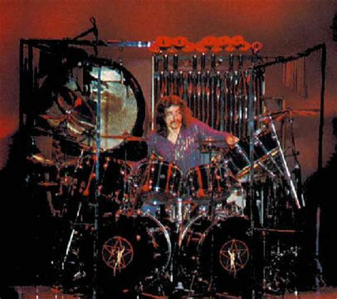 neil pearts drumset   pics