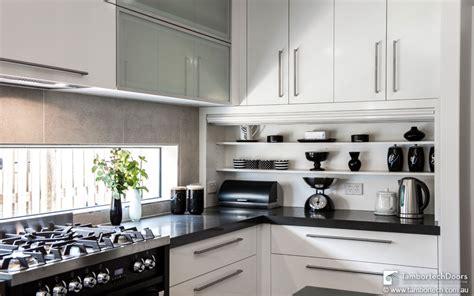 kitchen splashback ideas  storage space tambortech