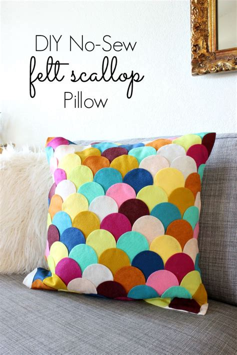 felt crafts for no sew easy crafts no sew diy felt scalloped pillow
