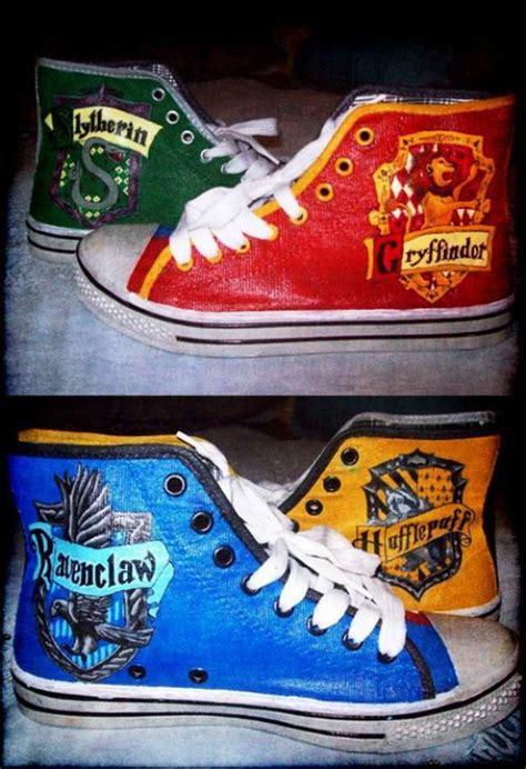 harry potter house shoes 25 best ideas about harry potter shoes on pinterest harris shoes is hogwarts real