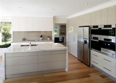 modern white gloss kitchen cabinets modern high gloss white kitchen cabinets cabinets matttroy