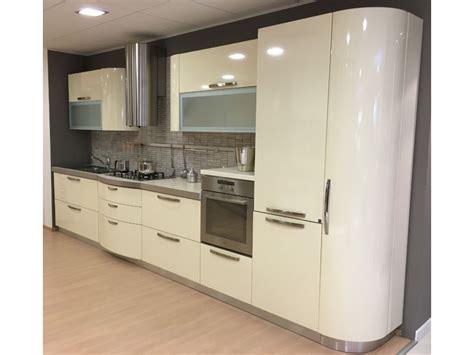 cucine moderne bombate cucine moderne bombate home interior idee di design