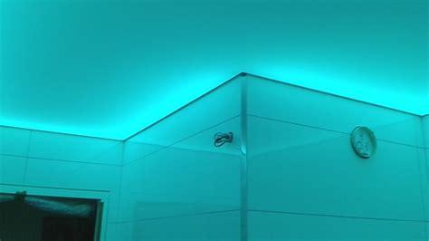 Renovation Plafond by R 233 Novation D Un Plafond Lumineux Dans Une Salle De Bain 224