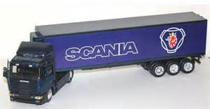 Blue 1 43 scale scania die cast trailer container truck model