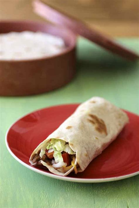 cuisine mexicaine traditionnelle burritos recette traditionnelle mexicaine 196 flavors