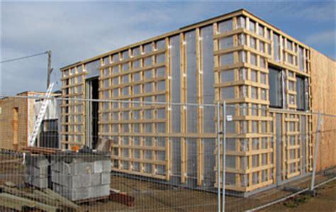 vorhang fassade hinterl 252 ftete vorhangfassade mit d 228 mmung vorteile und