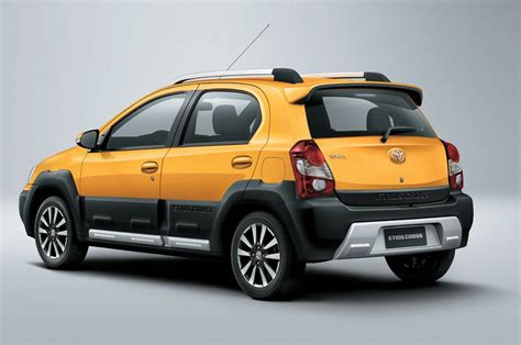 crossover toyota toyota etios cross launched in india at 5 76 lacs