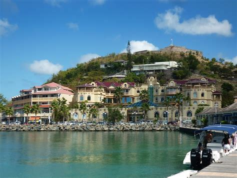 which side does the st go on sint maarten tourist destinations