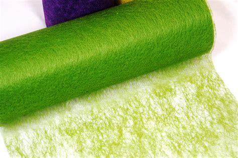 tischdeko vlies stilvolle geschenkverpackung mit dekovlies dekovlies