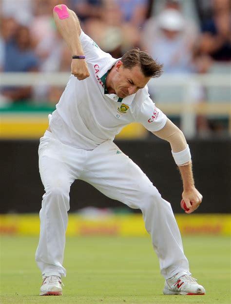 dale steyn swing bowling dale steyn on verge of breaking 400 wicket barrier