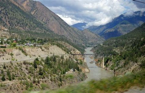 looking from highway 97 to the railbridge where it