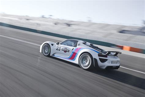 road porsche 918 spyder porsche 918 spyder joins autocar s ranks of road test
