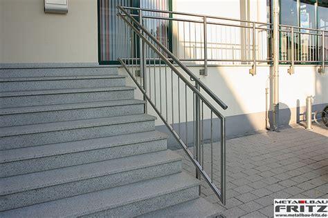 Geländer Außen Holz by Idee Au 223 En Treppengel 228 Nder