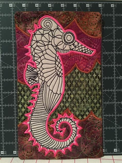 Square Rug 8x8 Seahorse Colouring In Mugrug 5x7 6x10 And 7x12 In The Hoop