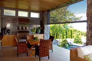 Sofas Vancouver Bc Retractable Screens Bring Outdoor Living Okanagan Style